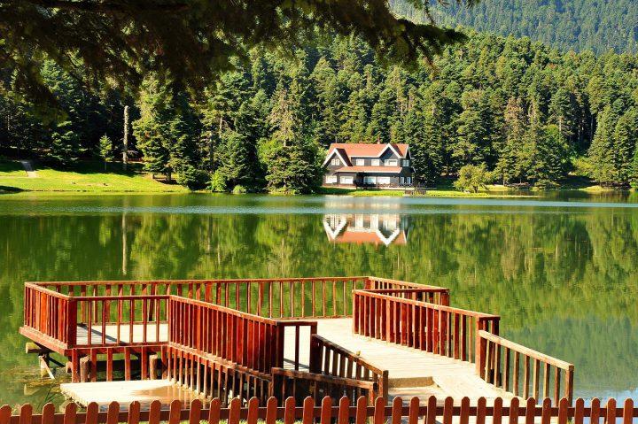 بولو التركية مدينة البحيرات الرائعة و الينابيع الحارة